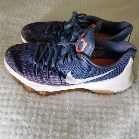 best website 49396 40ef4 Women Nike Kevin Durant shoes. M 5b54cd5f95199628324ef6e1